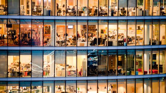 Raport: Polacy wolą pracę w zagranicznych firmach