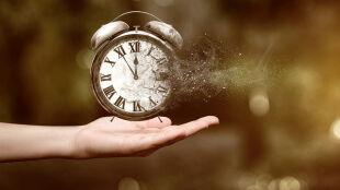 Czy da się zobaczyć czas? Jego kryształy mogą naprawdę istnieć