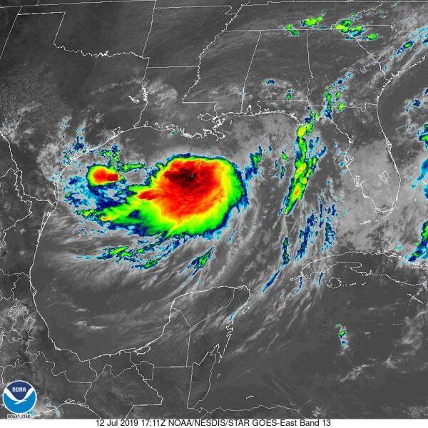 Zdjęcie satelitarne cyklonu Barry wykonane w podczerwieni - godzina 20 (NOAA)